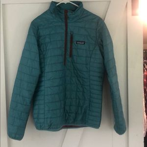 Patagonia down pullover